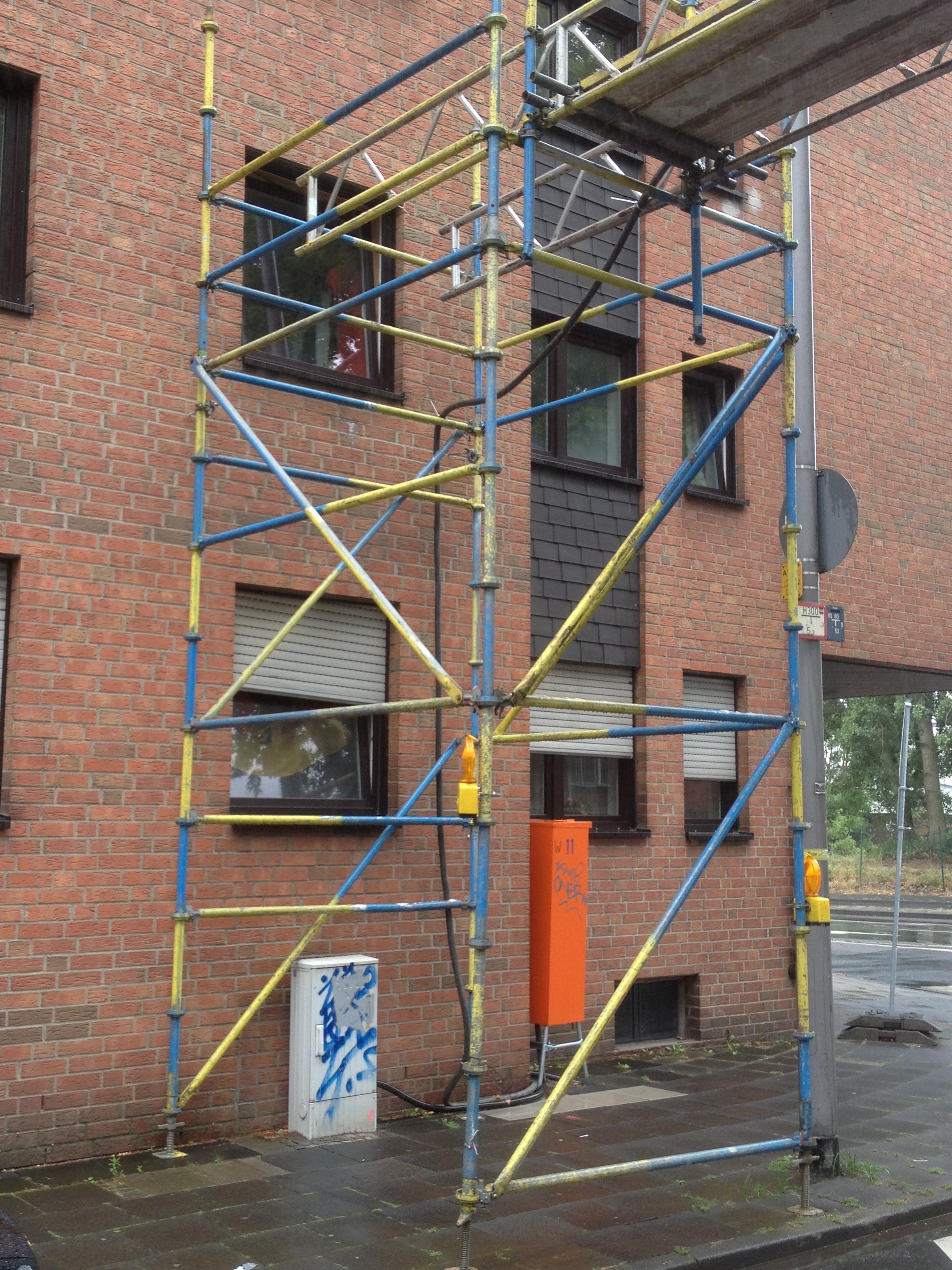 Kabelbrücke mieten in Herne – z.B. für Baustromleitung über eine Straße